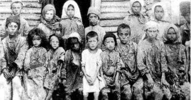 Kıtlık Nedeniyle Birbirlerini Yiyen Rus Köylüler