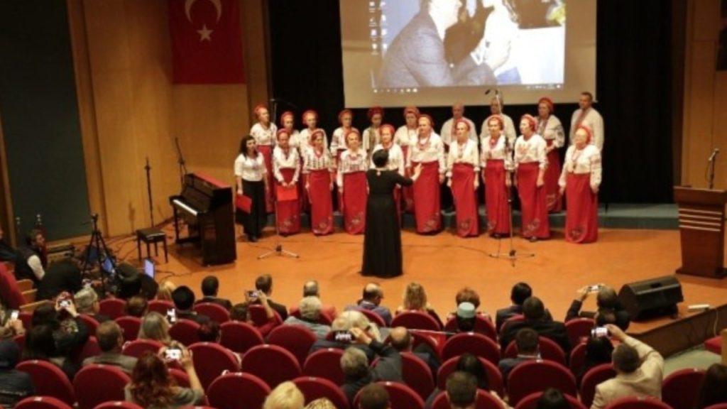Antalya'da Türk-Ukrayna-Kırım Gecesi