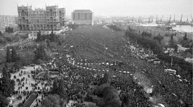 """Azerbaycan'ın bağımsızlığının dönüm noktası """"Kanlı Ocak"""""""