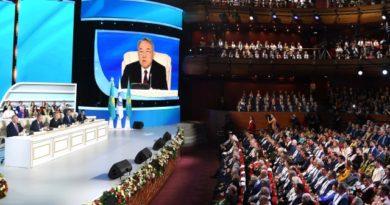 Kazakistan'da Halk Asamblesi Kurultayı