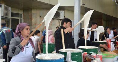 """Özbekistan'da ramazan ayında hazırlanan """"nişalda"""" tatlısı"""